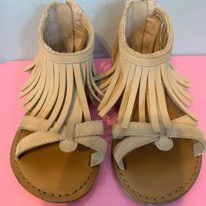 Gap suede fringe sandal toddler 7